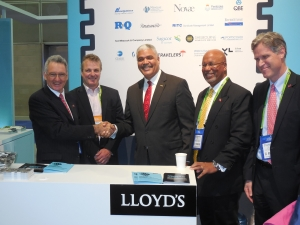 Bermuda Premier Craig Cannonier drops in on the Lloyd's Box at RIMS