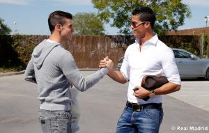 Bale & Ronaldo: Real Madrid's latest Galácticos but few remain in London's insurance market © Real Madrid